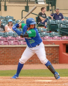 Chase Vallot, C-DH, Lexington Legends, Loads Up